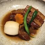 多ら福 亜紗 - やわらか豚の角煮