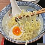 牛たん焼き 仙台辺見 - 平打ちの中太麺