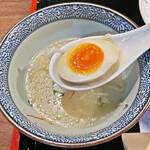 牛たん焼き 仙台辺見 - 和風の味付けで、美味しい味玉