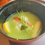 150955083 -  うすい豆の摺り流し 鱚胡麻豆腐巻 ホワイトアスパラガス 甘長獅子唐 青味 柚子