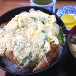 うどんと丼 ふる里 - カツ丼