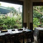 ガーデンレストラン 花さんご -