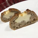 150976401 - リンゴとクリームチーズ