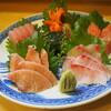 魚貞 - 料理写真:上盛り刺し