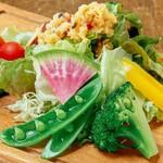 8種類新鮮野菜サラダ will特製ドレッシング付き