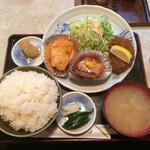 レストランみのわ - 料理写真:特選定食  880円税込  5/7