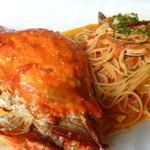 レストラン ピエモンテ - 料理写真:丸ごと渡り蟹を大胆に 【ワタリガニのスパゲティ】