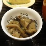 蓬左茶寮 - 木の子の山椒煮