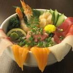 うみの華 - 海鮮あふれ丼