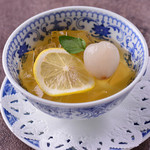 チャイナムーン - ライチ入り中国式レモンゼリー