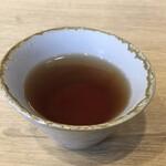 namagyouzaseizoutokorotenshinnokimochi - ・熱々のウーロン茶
