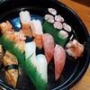 ひょうたん寿司 - 料理写真:手長蝦が美味!今日は赤貝も上質。すきみも、いつもより豪華