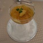 15106375 - 美味しいニンジンムースに雲丹とコンソメジュレをまとわせて