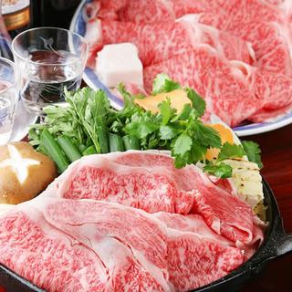 小津安二郎にも愛されたすき焼で本物の松阪牛を堪能して下さい