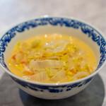 中国意境菜 白燕 - 焖  トマト 白菜 乾麺