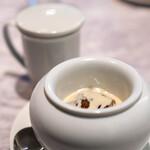 中国意境菜 白燕 - 烏龍茶のゼリー