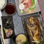 海宝 - 料理写真:日替定食 メバル煮付け ¥1.980円