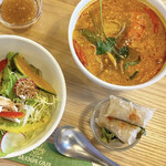 たっぷり野菜のベトナム食堂 SAIGON CAFE -