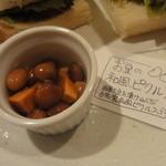 豆腐room Dy's - お豆の和風ピクルス