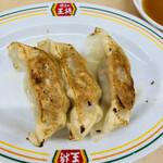 餃子の王将 - 料理写真:ジャストサイズ餃子132円