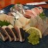 魚鮮 - 料理写真:刺身六点盛り合わせ 2,200円