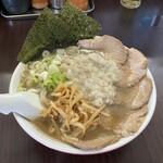 手打ち中華そば 酒田 - チャーシュー麺醤油950円