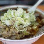 青島食堂 - 青島チャーシュー麺大盛+茹ホウレン草50+自家製メンマ50+薬味刻みねぎ50