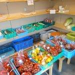 竹田の中華そば こっとん - 近くで取れた栗や野菜も販売していました
