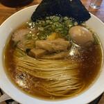 麺や食堂 - 味玉そば(税込 891円)