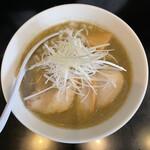 煮干し中華そば のじじR - 料理写真:■煮干中華そばHARD煮卵¥960