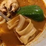 ベンベラ・ネットワークカンパニー - タイ麺