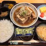 やえす初藤 - 肉豆腐定食 590円