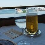 パノラミックレストラン ル・ノルマンディ - 酒類の提供ができないためシャンパン風リンゴジュース
