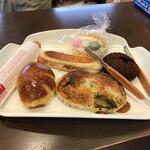パンのかおり - 料理写真:本日のパン君