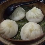 上海亭 - 小籠包アップ