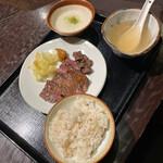 べこたん - 牛たん焼き定食 1,580円