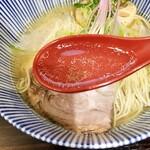 中華そば 糸 - スープ