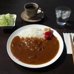 赤いそら豆 - 料理写真:2012年10月よりカレーを始めました。