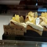 コム レ フルール - ベイクドチーズケーキ