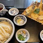 石川うどん - 料理写真: