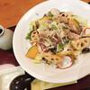 蕎菜 - 料理写真:牛肉甘煮のサラダうどん