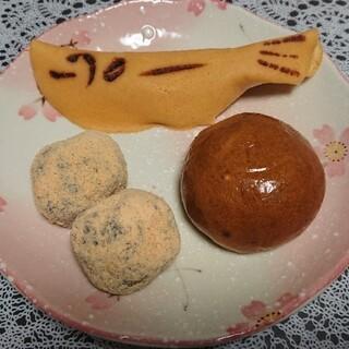 いせや - 料理写真:若あゆ・草ころ・黒蜜まんじゅう