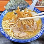 肉煮干中華そば 鈴木ラーメン店 - たっぷり入った細切りメンマ
