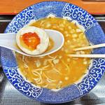 肉煮干中華そば 鈴木ラーメン店 - 黄身がトロトロの味玉