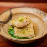 赤坂おぎ乃 - 鰻の白焼き 蓮根餅 芹