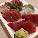 丸五水産 - お刺身の盛り合わせ2000円
