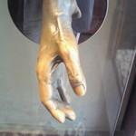 15119884 - ドアノブ アキ子さんの手形! ちょっと。。。