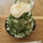 甘味 イコマヤ - きなこみるく抹茶かき氷