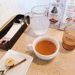 omuraisusemmonteneguron - 平凡なスープ
