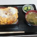 よし味食堂 - ヒレカツ重900円
